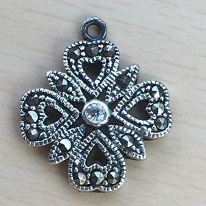 Vintage sterling clover pendant